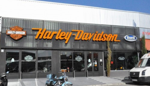HARLEY-DAVIDSON patrocinador
