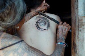 tatuajes-de-tus-besos-llevo-en-todo-mi-cuerpo