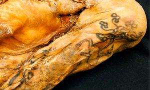 momia tatuada